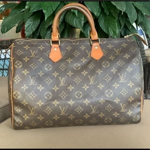 🛍💯authentic Louis Vuitton speedy 35🛍